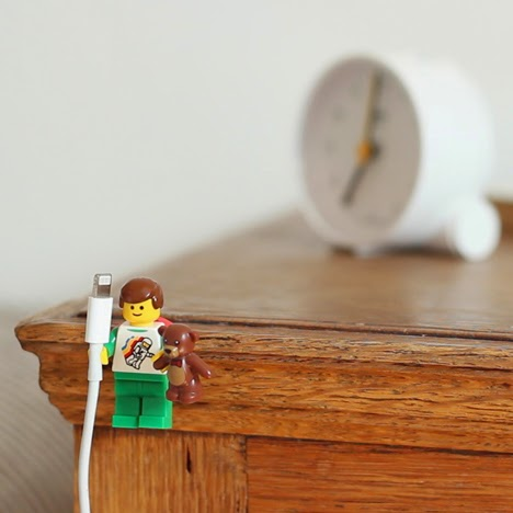Lego-Wire-Holders