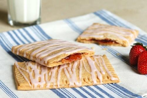 Easy Peanut Butter & Jelly Breakfast Tarts