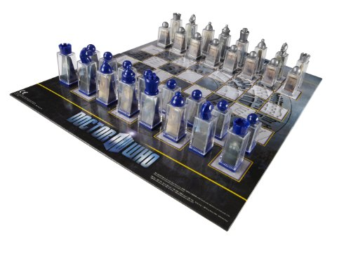 Doctor Who Chess Set - Game Board with 3D Lenticular Images of Dr. Who Characters