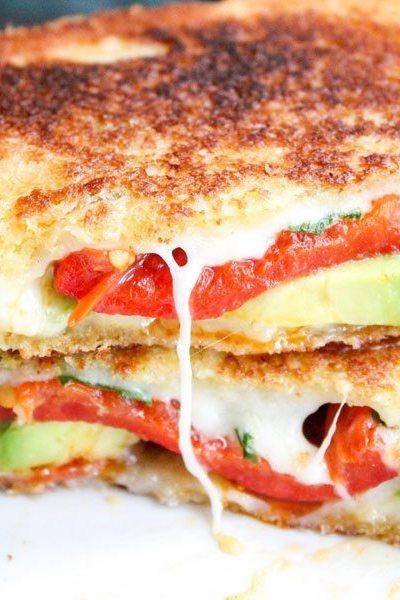 Avocado Bacon Gourmet Grilled Cheese Sandwich #SundaySupper