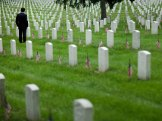 memorial day remember soldiers stock market closed
