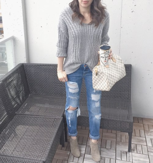 Chic wish grey sweater outfit