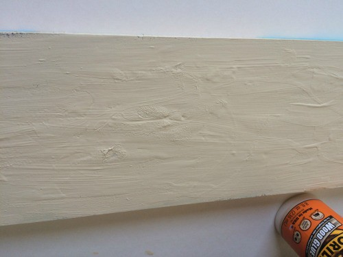 Using glue to make crackle paint