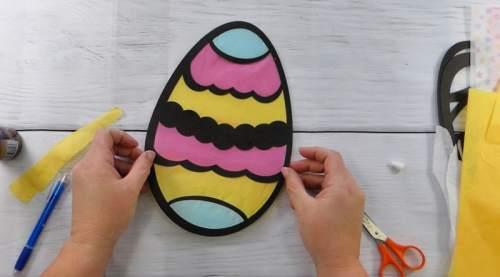 Finished Easter Egg Suncatcher made with Easter Egg SVG file