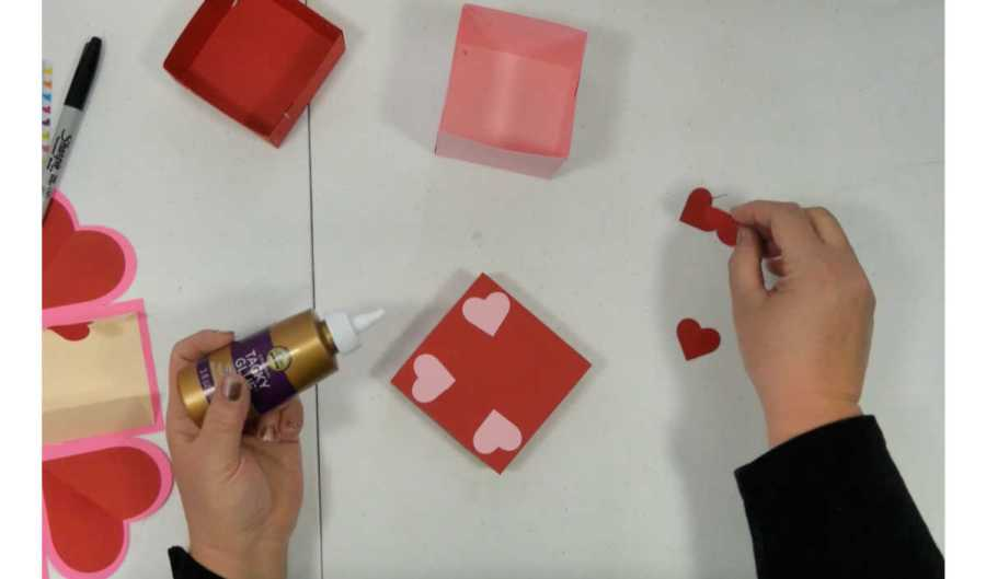 adding extra decorations to the exploding box