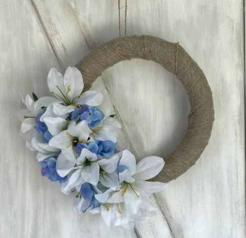 How to Make A Spring Farmhouse Wreath