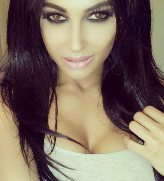 Claire Leeson Woman Who Spend 30000 To Look Like Kim