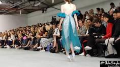 Cinderella Epic Shoes Fail @ London Fashion Week 2016 – High Heels fall
