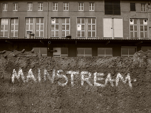 mainstream (1)
