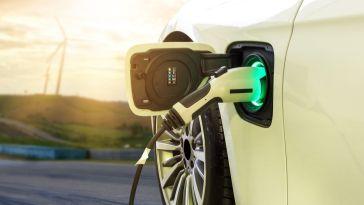 Cette batterie révolutionnaire promet de recharger les véhicules électriques en 10 minutes
