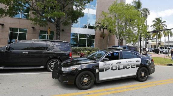 A Miami Beach police car sits outside the headquarters © Joe Skipper / Reuters