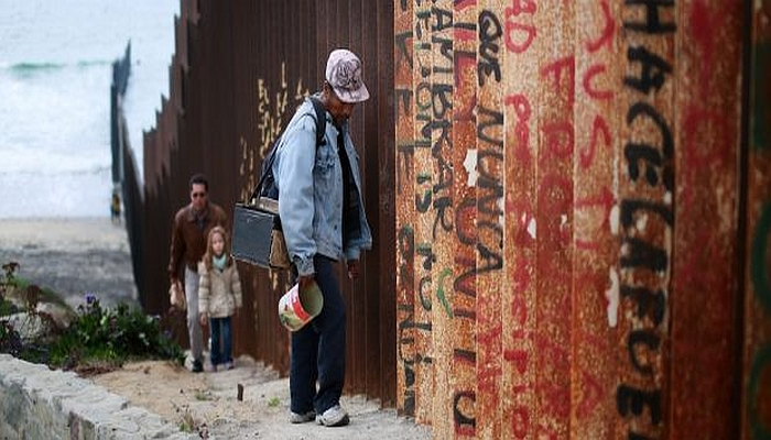 A First-Gen Mexican Immigrant Explains Why He Wants Trump To Build A Wall