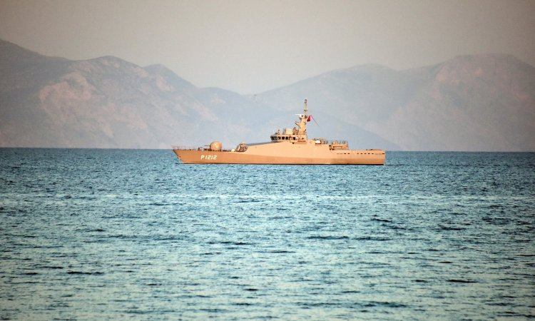DEVELOPING: Naval Warships in Stand Off in Aegean Sea