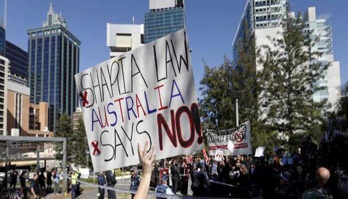 Insult MUSLIMS In Australia And You May Soon Be Going To Jail