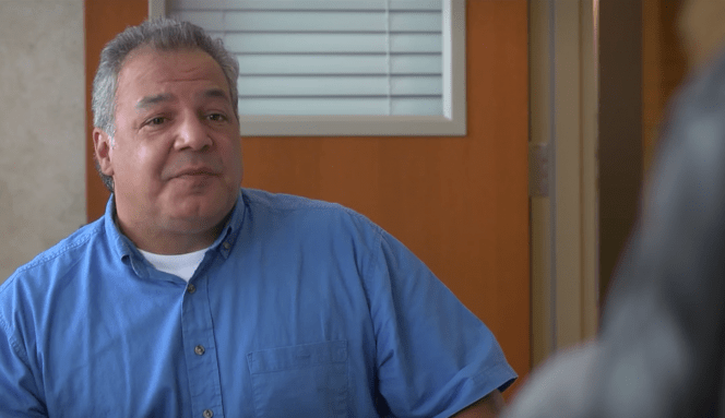 School Janitor Cures Girls of Kissing Bathroom Mirror [HILARIOUS VIDEO]