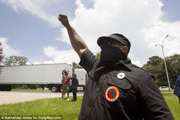 Black Panthers Try To Infiltrate Police Station in Baton Rouge: Arrests Made [VIDEO]