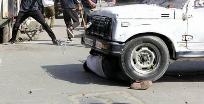 """یہ """"جنگ بندی"""" نہیں """" حملہ بندی """" ہے ۔۔۔۔ ایس احمد پیرزادہ"""