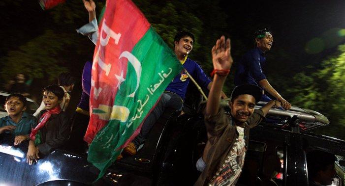 پاکستان کا سیاسی ہنگامہ، اصل وجہ کیا ہے؟…..شہباز رشید بہورو۔