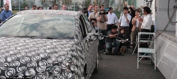 Toyota FCV -04- Picture courtesy Bertel Schmitt