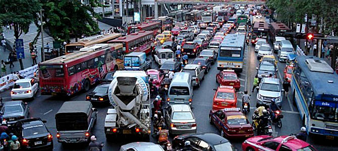 London Traffic Jam - Picture courtesy www.filmschoolrejects.com