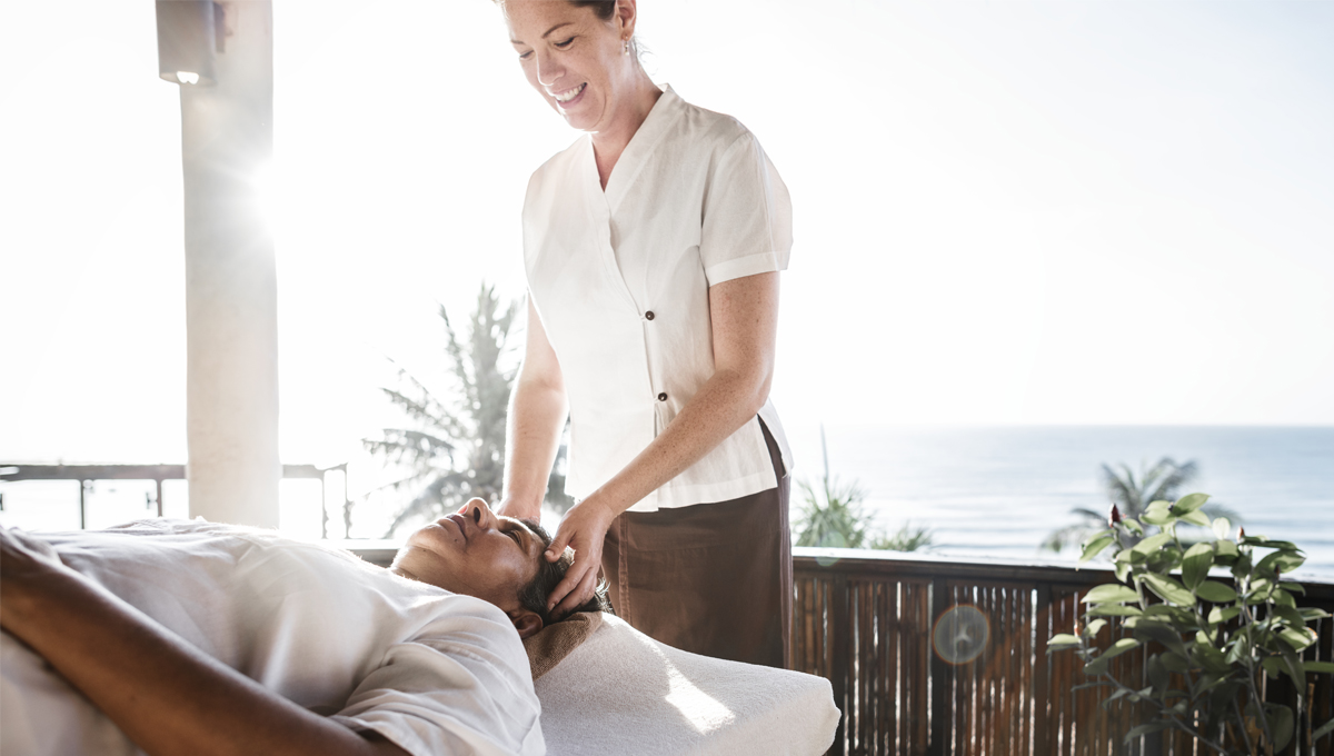 Massage- a healing and stress-free path! 10 different types of massage techniques and their benefits 9 - Daily Medicos