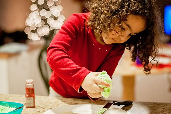 12 Ways to Creatively Capture Christmas 10 Daily Mom Parents Portal
