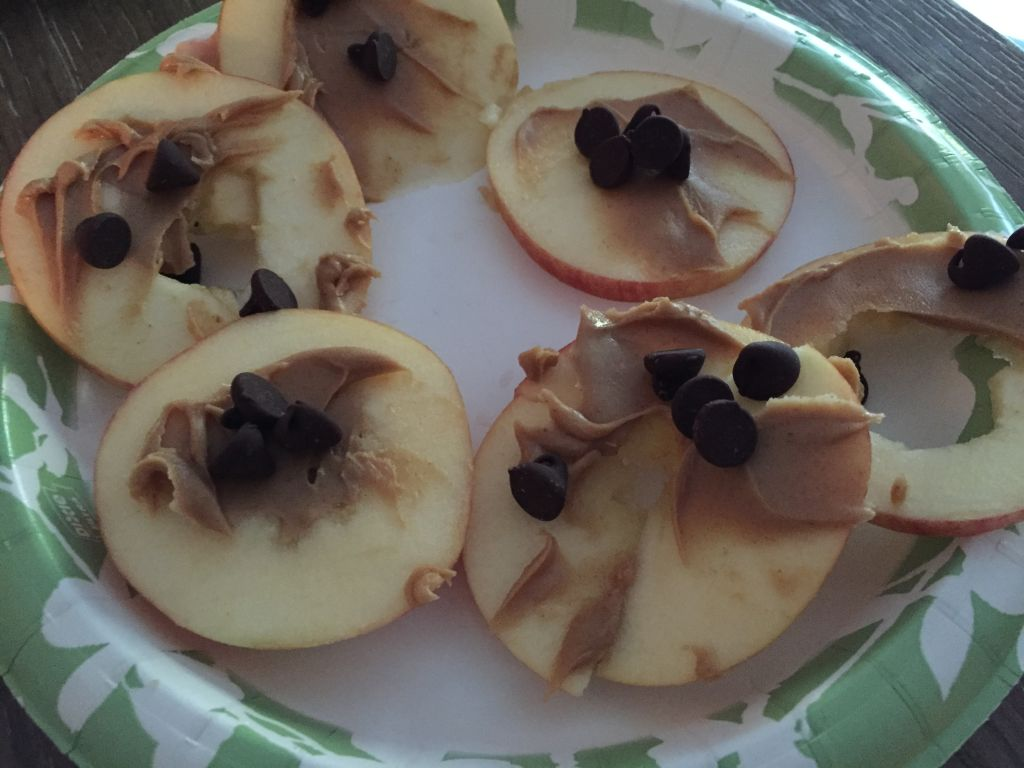 apple pb snack idea