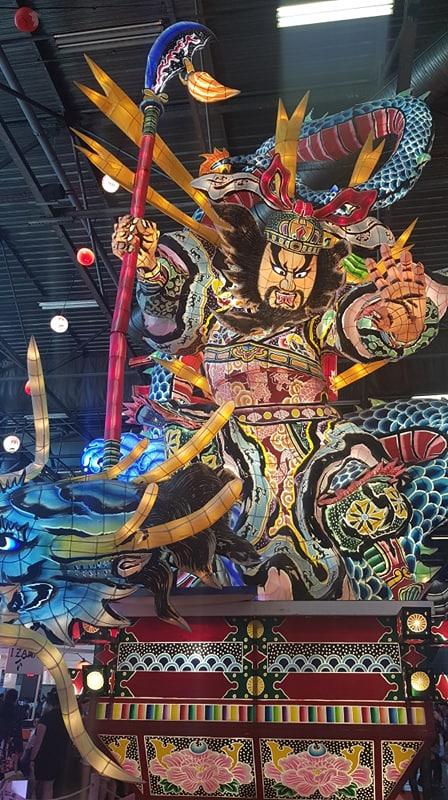 Statue Asiatique Japan Expo.jpg