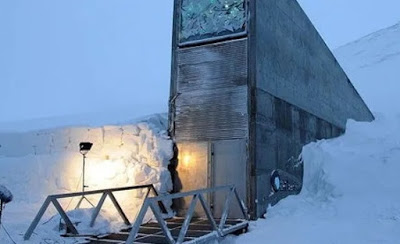 Longyearbyen town in Norway where you can't die or give birth