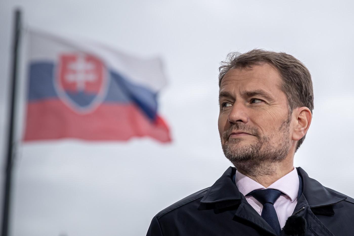 NNN: Vendredi, le Premier ministre slovaque Igor Matovic a survécu à un vote de défiance au parlement, avec seulement 47 législateurs votant en faveur de sa destitution. Matovic a pris ses fonctions il y a quatre mois et aurait pu être contraint de démissionner s'il y avait eu 76 voix ou plus contre lui. Le […]