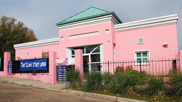 One Of The Last Mississippi's Abortion Clinic Faces Legal Issues