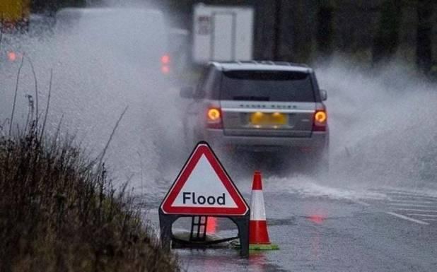 برطانیہ میں طوفان ، وارننگ جاری