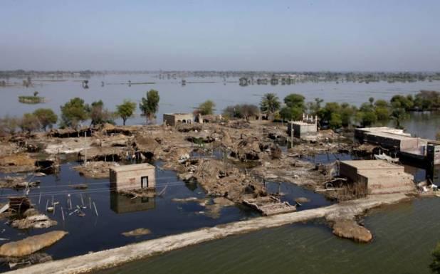 ہنزہ میں بننے والی گلیشیائی جھیل کسی بھی وقت پھٹنے کا خدشہ, خبردار کردیا گیا