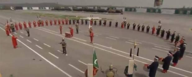 یوم پاکستان کی پریڈ میں ' ارتغرل غازی ' کو زبردست خراج عقیدت پیش کیا گیا