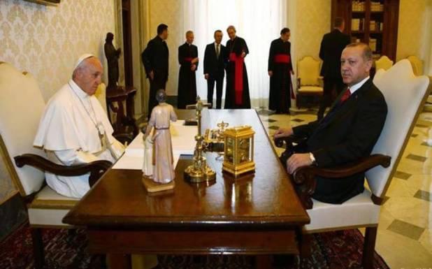 اردگان نے پوپ فرانسس کو فون گھمادیا، اسرائیل کے حوالے سے سخت موقف، سزا کا مطالبہ کردیا