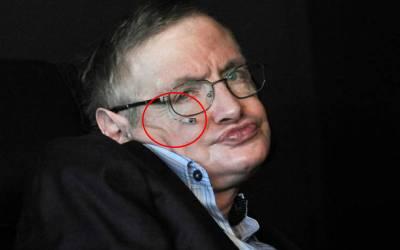 وفات پانے والے معروف ترین سائنسدان سٹین ہاکنگ کا پورا جسم پراسرار بیماری کے باعث مفلوج تھا ،اس کے باوجود وہ اپنی بات کس طرح لوگوں کو سمجھاتے تھے ؟ حقیقت آپ تصوربھی نہیں کر سکتے   Facts about Stephen Hawking died 14 march news 1521048623 5035