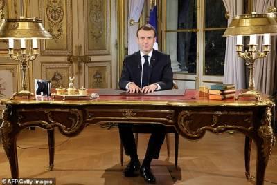 ہنگاموں سے بھرے عوامی احتجاج کے سامنے فرانسیسی صدر بھی گھٹنے ٹیکنے پرمجبور ہوگئے، تمام مطالبات ماننا پڑ گئے