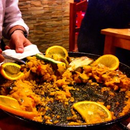paella, eating in corralejo, what to eat in fuerteventura