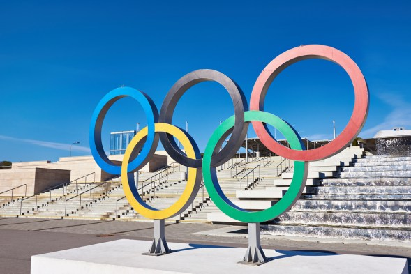 Olympic rings near olympic park at Sochi 2014, Rio 2016, Olympinner sono tornate