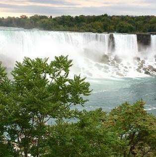 niagara-falls-side