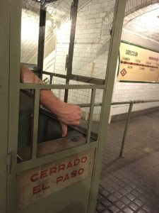 Metro Museum thumbs down: no ticket?