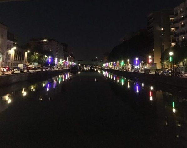bridge paris, bridge at night, coloure bridge paris, two weeks travelling