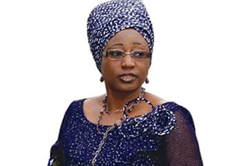 bisi fayemi - Fayemi's wife urges students to spend less time on social media