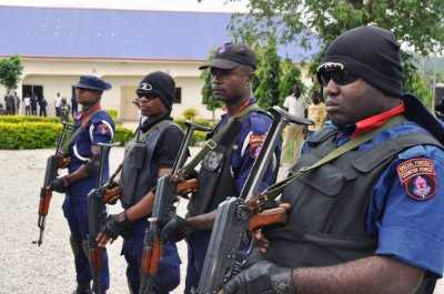 Nscdc Arrests 5 Suspected Illegal Miners In Oyo