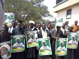 Image result for Shi'ites take protest to NHRC office, demand El-zakzaky's release