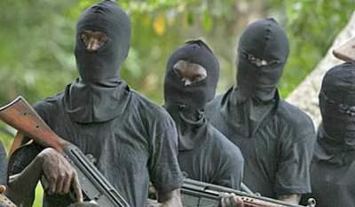 Zamfara: 1 killed as bandits kidnap district head, 7 others 1