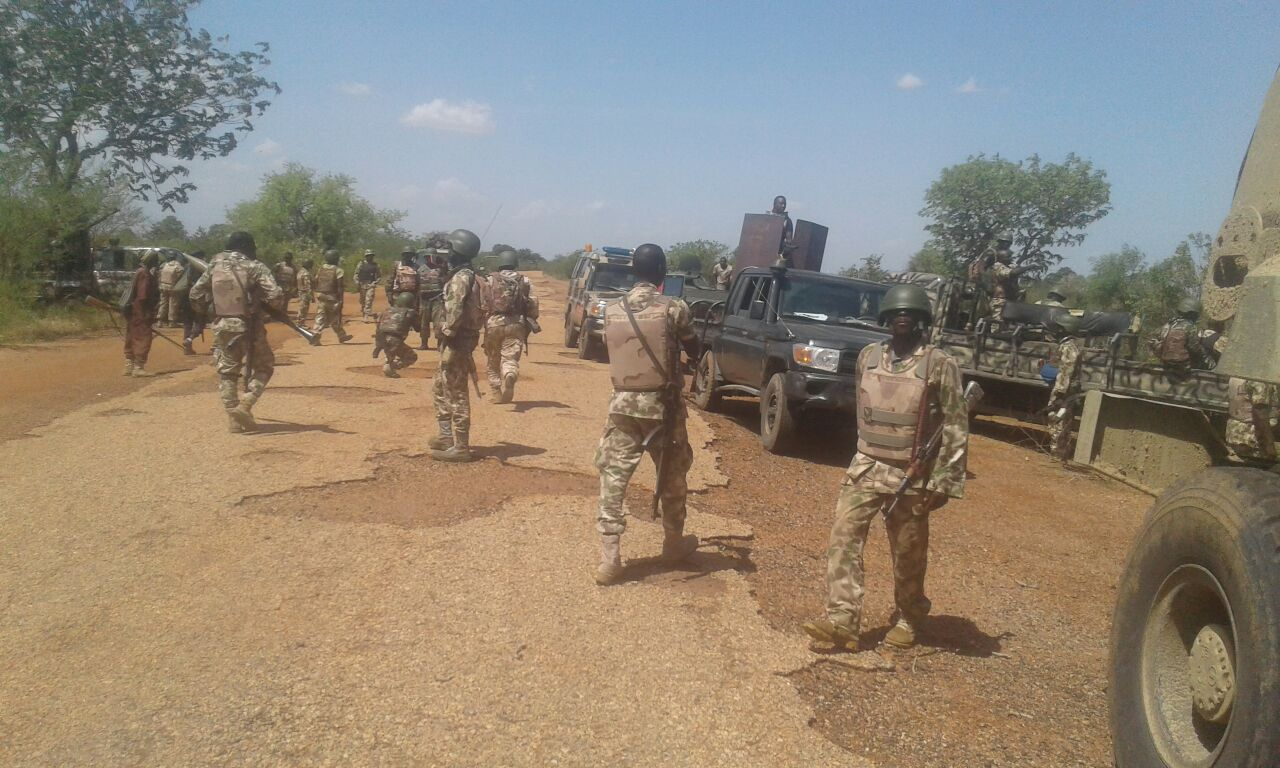 troops - Kaduna: Troops rescue 13 kidnapped Nigerians, neutralise bandit