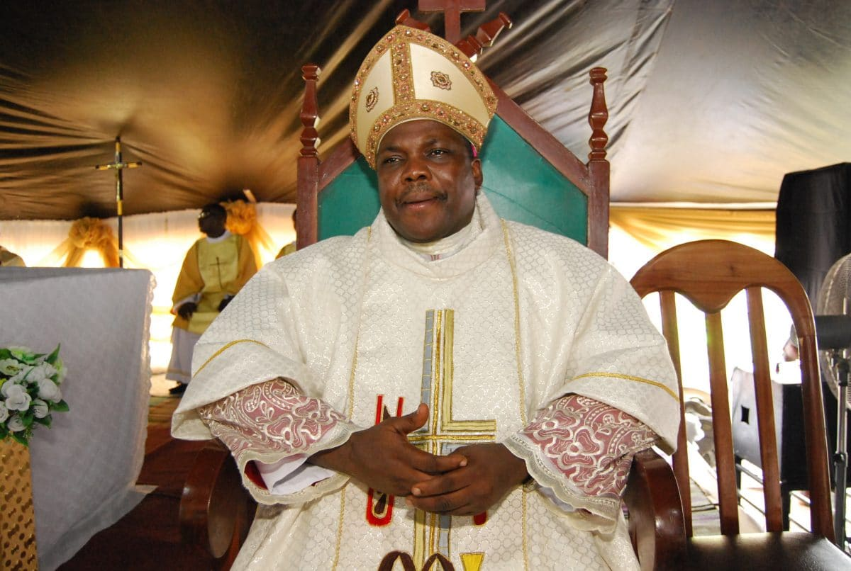 "Bishop Emmanuel Badejo of the  Catholic Diocese of Oyo has pleaded to leaders and all concerned to stop the killings taking place, especially, in the North of the country.   Badejo made the appeal in his message to the Muslim faithful ahead of this year's Eid-el-Fitri celebration coming up this weekend.   He said, ""Eid […]"