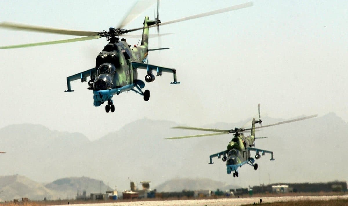 NAF Helicopter - NAF neutralises insurgents, destroys their structures in Borno