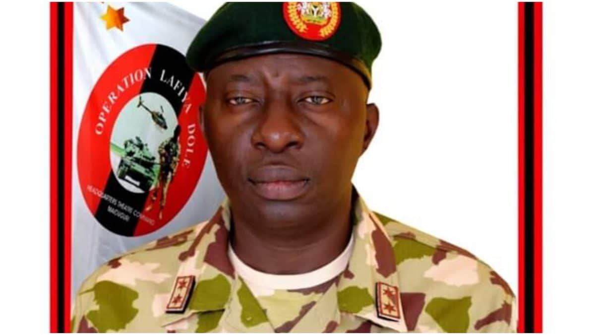 Lt. Gen. Tukur Buratai, Chief Of Army Staff (coas), Has Commended Maj. Gen. Olusegun Adeniyi, For The Successes Recorded Under His Leadership As Theatre Commander Operation Of Lafiya Dole (opld). Bu